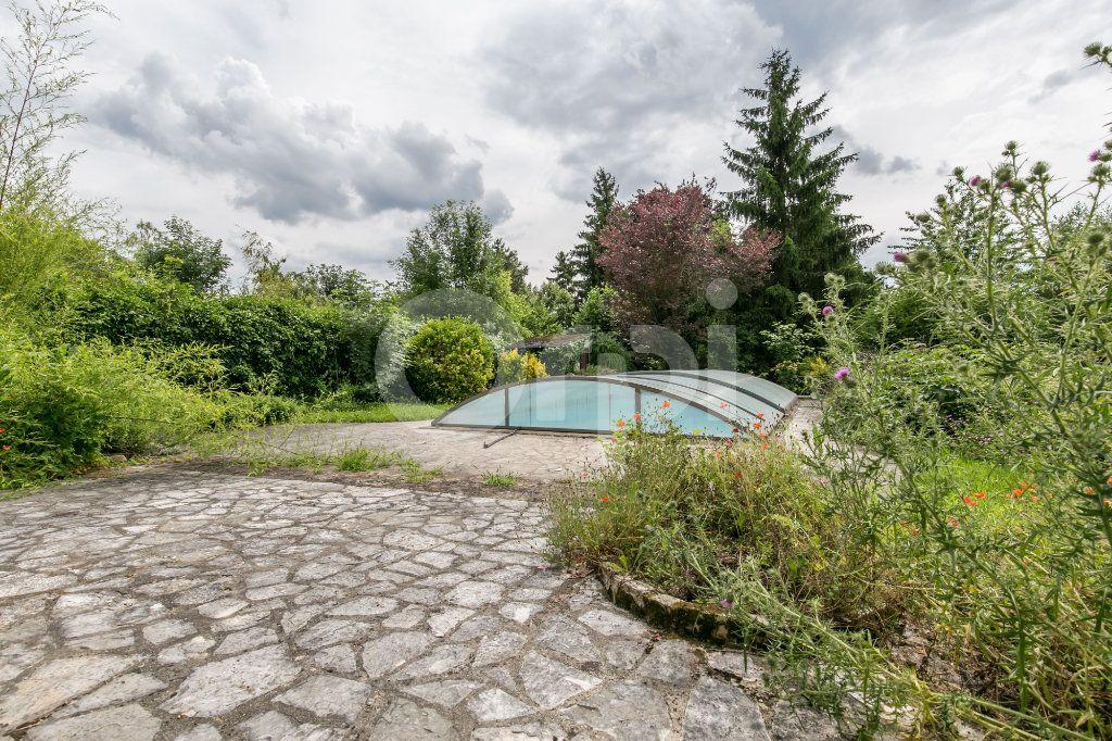Maison à vendre 10 254m2 à Croissy-Beaubourg vignette-5