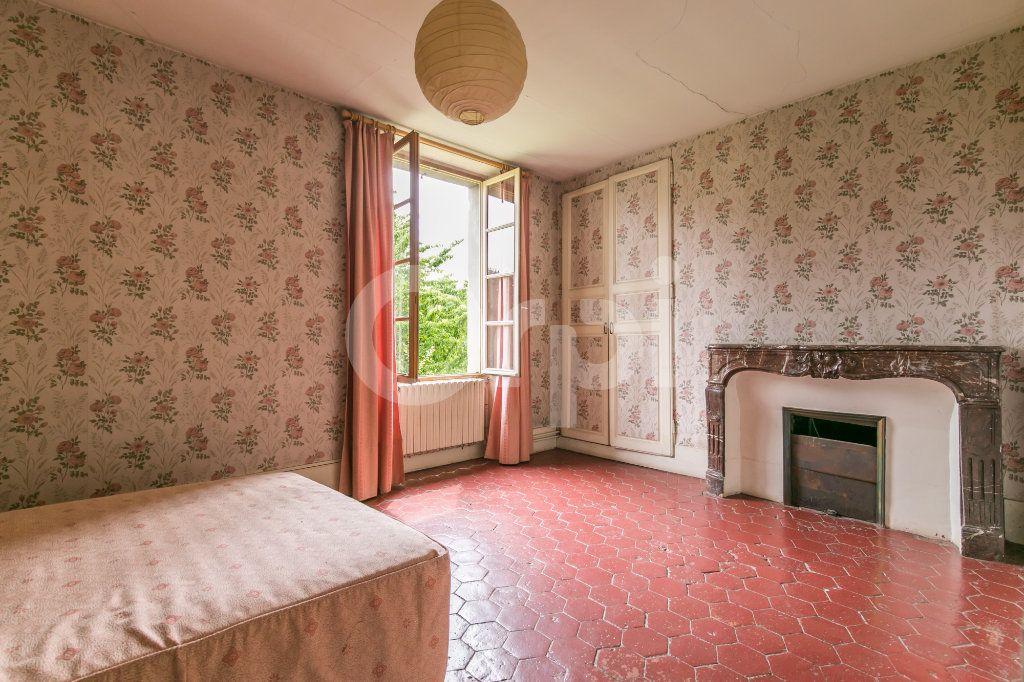 Maison à vendre 10 254m2 à Croissy-Beaubourg vignette-11