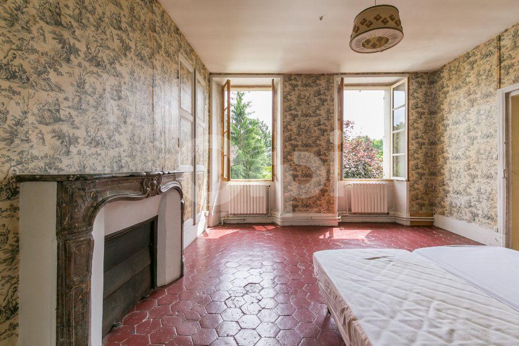 Maison à vendre 10 254m2 à Croissy-Beaubourg vignette-12