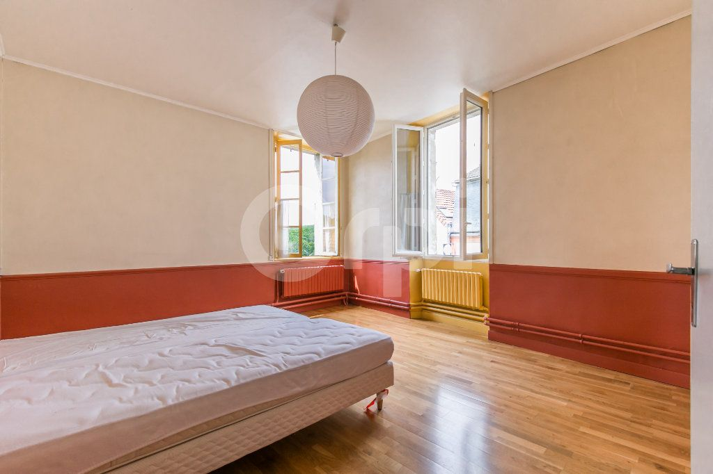 Maison à vendre 10 254m2 à Croissy-Beaubourg vignette-13
