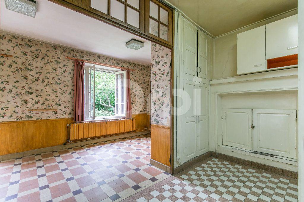 Maison à vendre 10 254m2 à Croissy-Beaubourg vignette-14