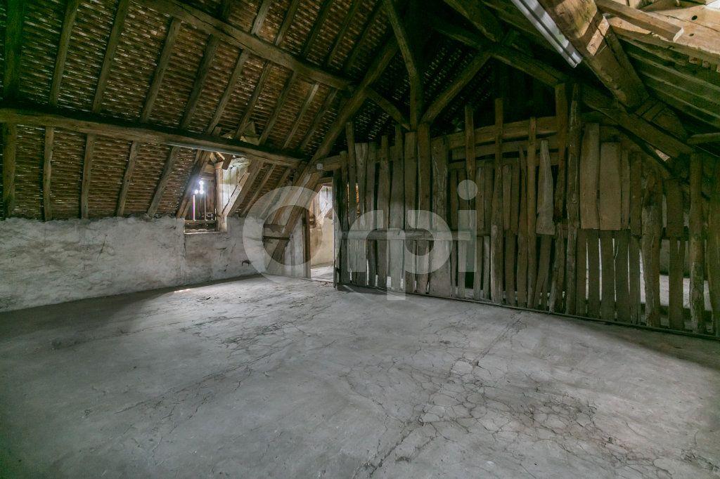 Maison à vendre 10 254m2 à Croissy-Beaubourg vignette-18