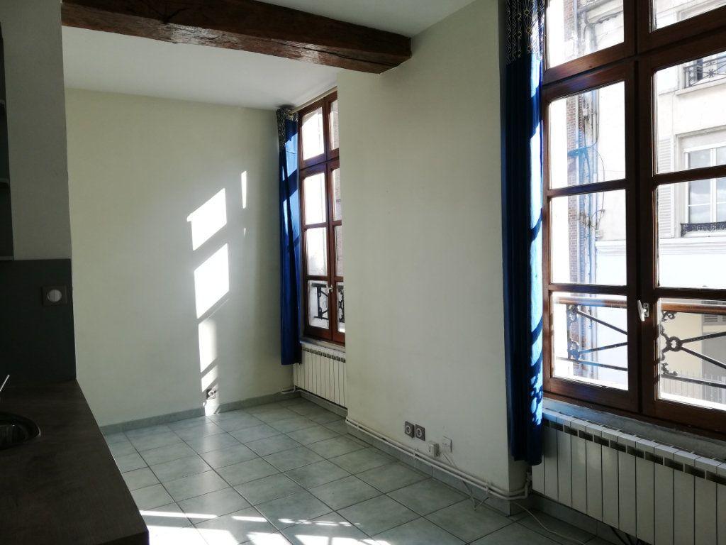 Appartement à louer 2 31.19m2 à Lagny-sur-Marne vignette-2