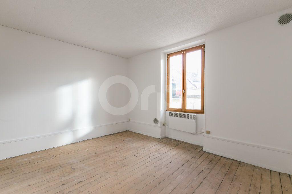Appartement à vendre 3 57.11m2 à Ferrières-en-Brie vignette-5