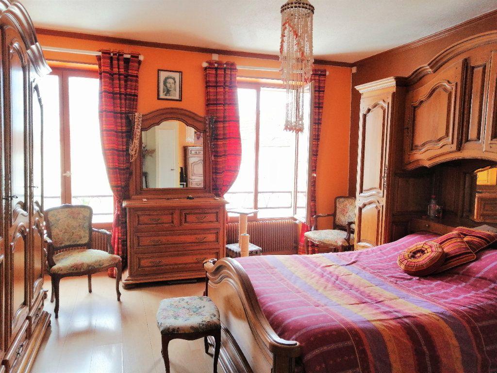 Maison à vendre 4 109.28m2 à Annet-sur-Marne vignette-4