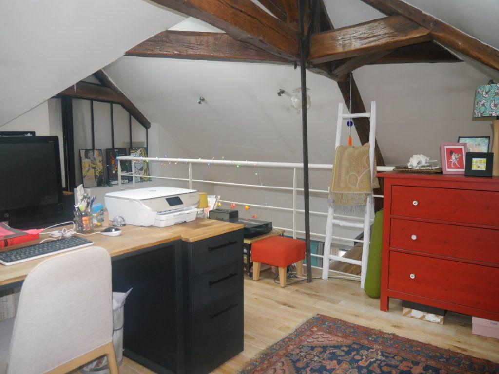 Appartement à vendre 4 120.5m2 à Lagny-sur-Marne vignette-3