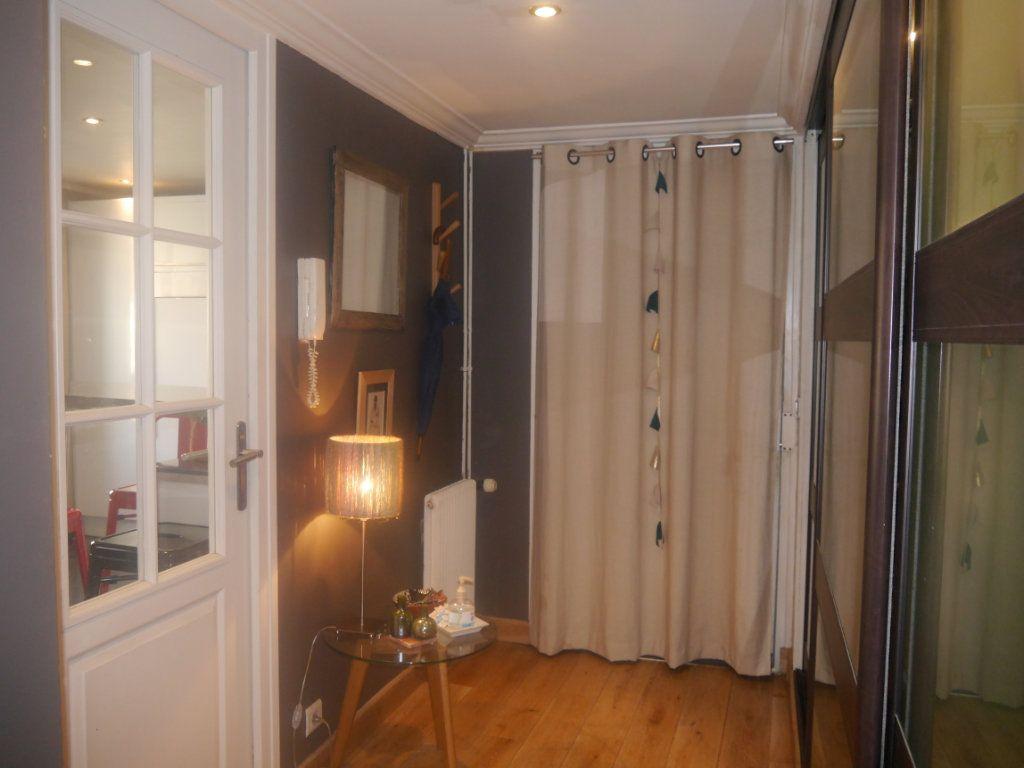 Appartement à vendre 4 120.5m2 à Lagny-sur-Marne vignette-6