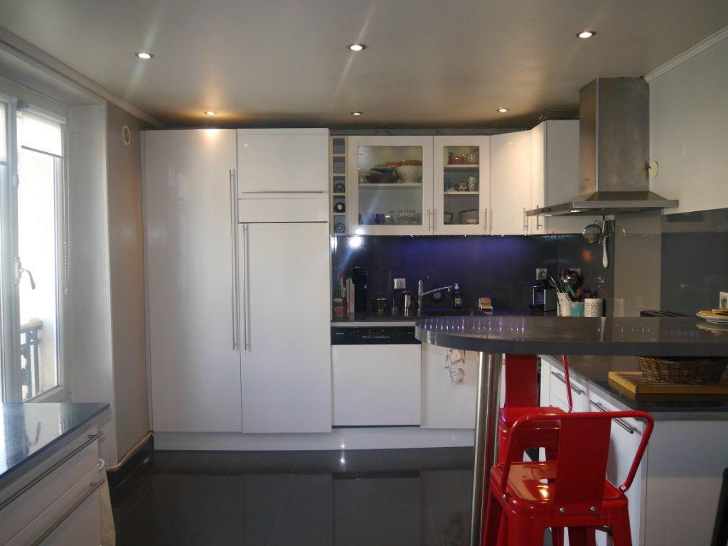 Appartement à vendre 4 120.5m2 à Lagny-sur-Marne vignette-7
