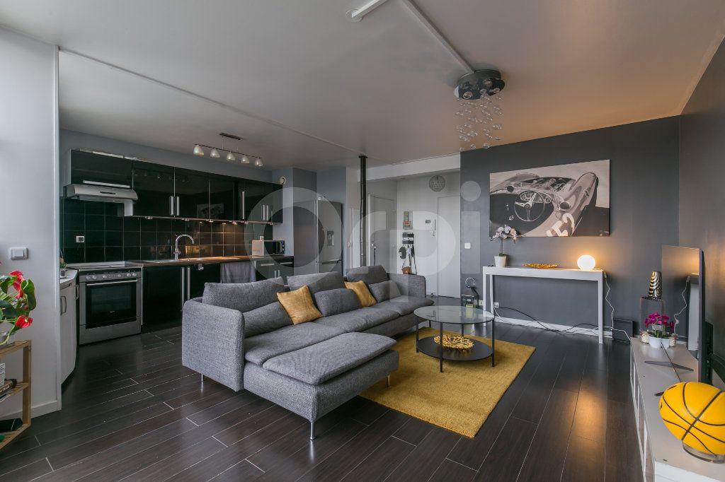 Appartement à vendre 3 63m2 à Torcy vignette-1