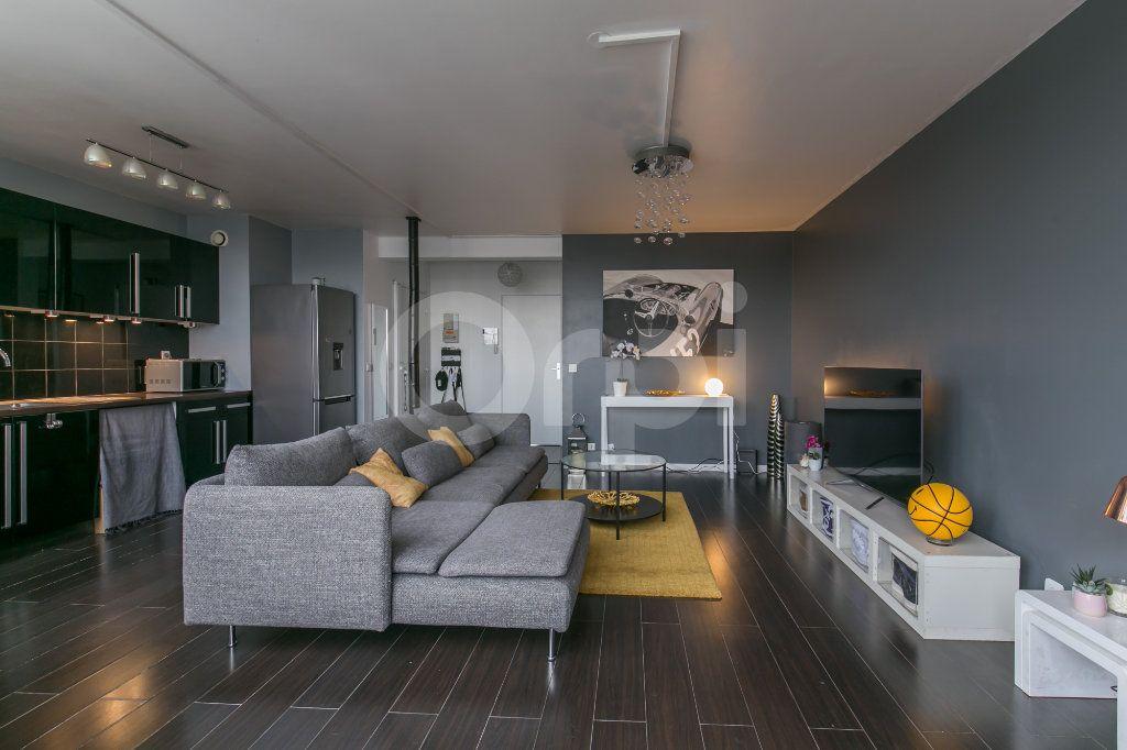 Appartement à vendre 3 63m2 à Torcy vignette-3