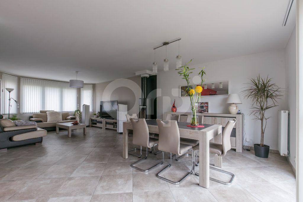 Maison à vendre 5 154m2 à Saint-Germain-sur-Morin vignette-1