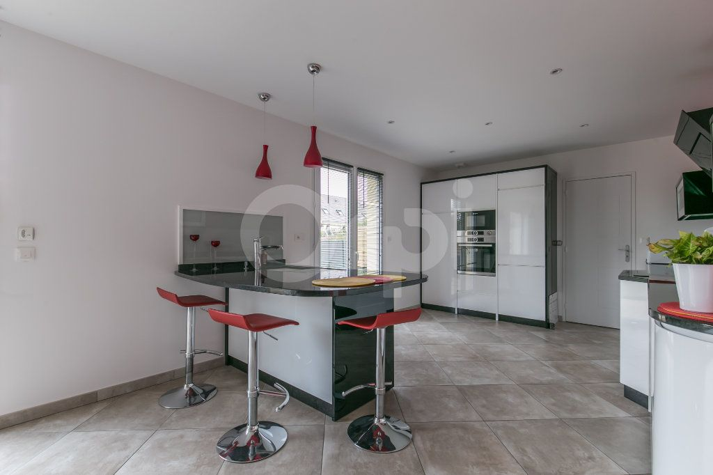 Maison à vendre 5 154m2 à Saint-Germain-sur-Morin vignette-4