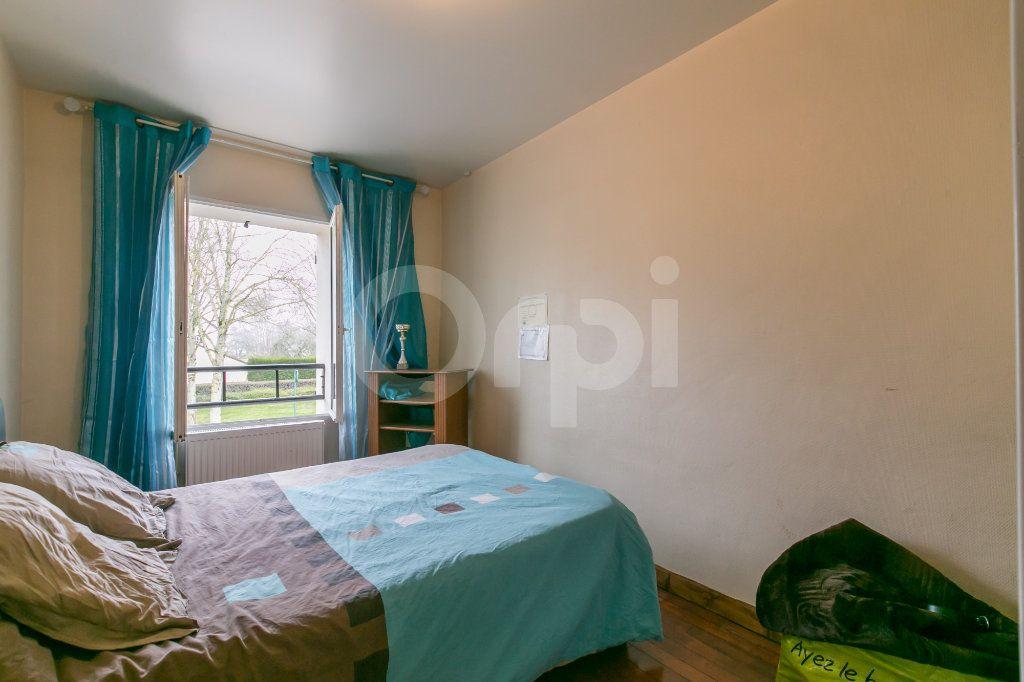 Maison à vendre 6 181m2 à Bailly-Romainvilliers vignette-5