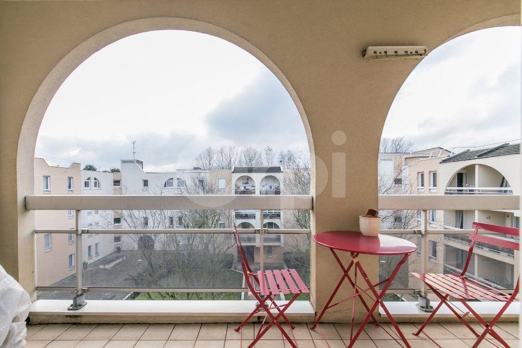 Appartement à vendre 2 49.77m2 à Torcy vignette-3