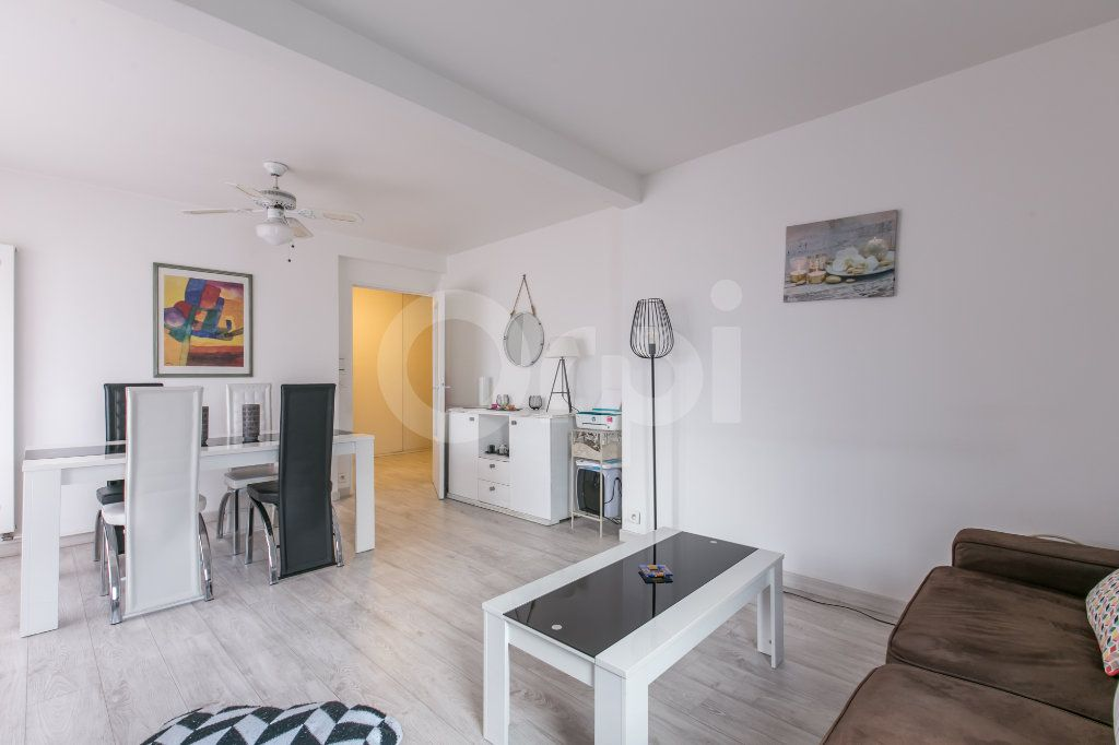 Appartement à vendre 2 49.77m2 à Torcy vignette-11