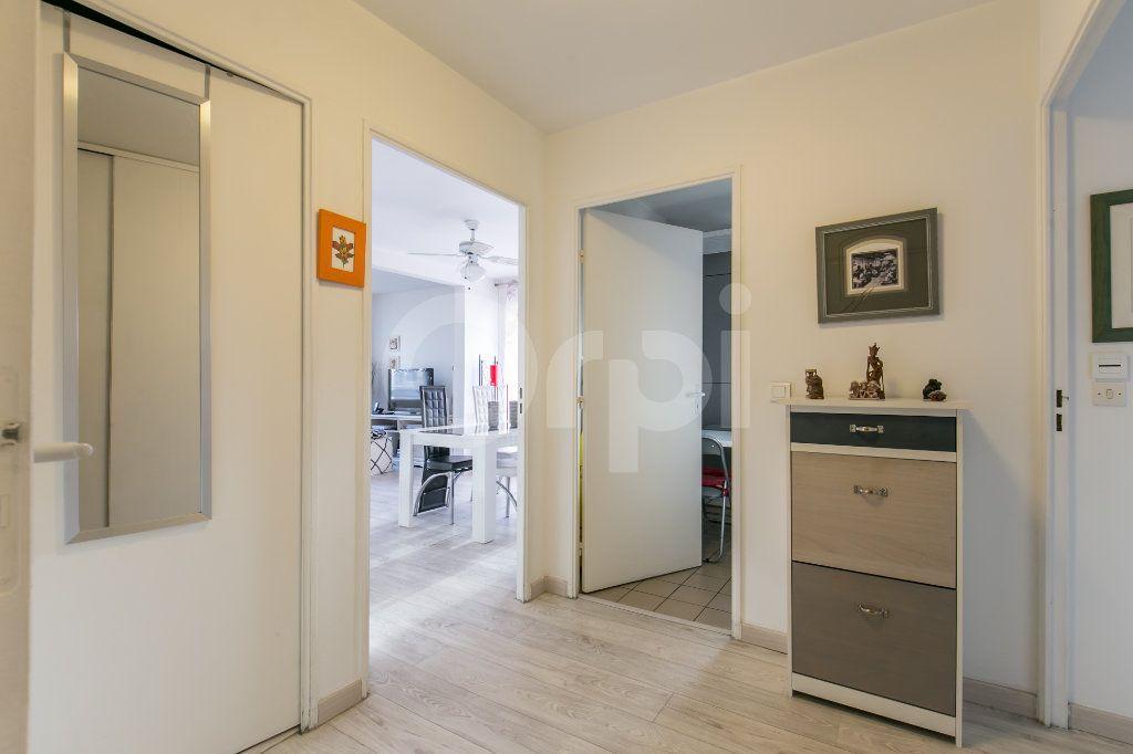 Appartement à vendre 2 49.77m2 à Torcy vignette-15