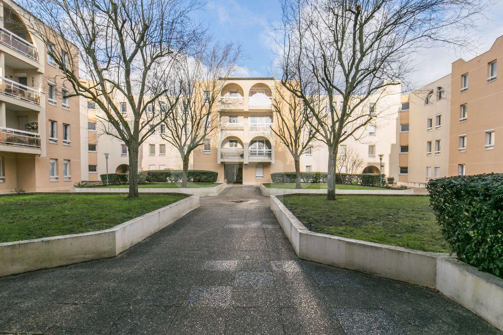 Appartement à vendre 2 49.77m2 à Torcy vignette-16