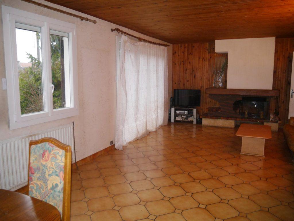 Maison à vendre 5 138m2 à Thorigny-sur-Marne vignette-1