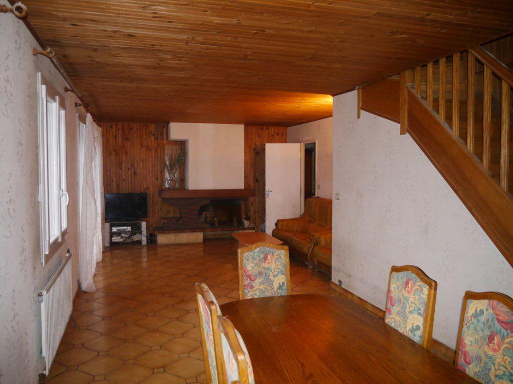 Maison à vendre 5 138m2 à Thorigny-sur-Marne vignette-2