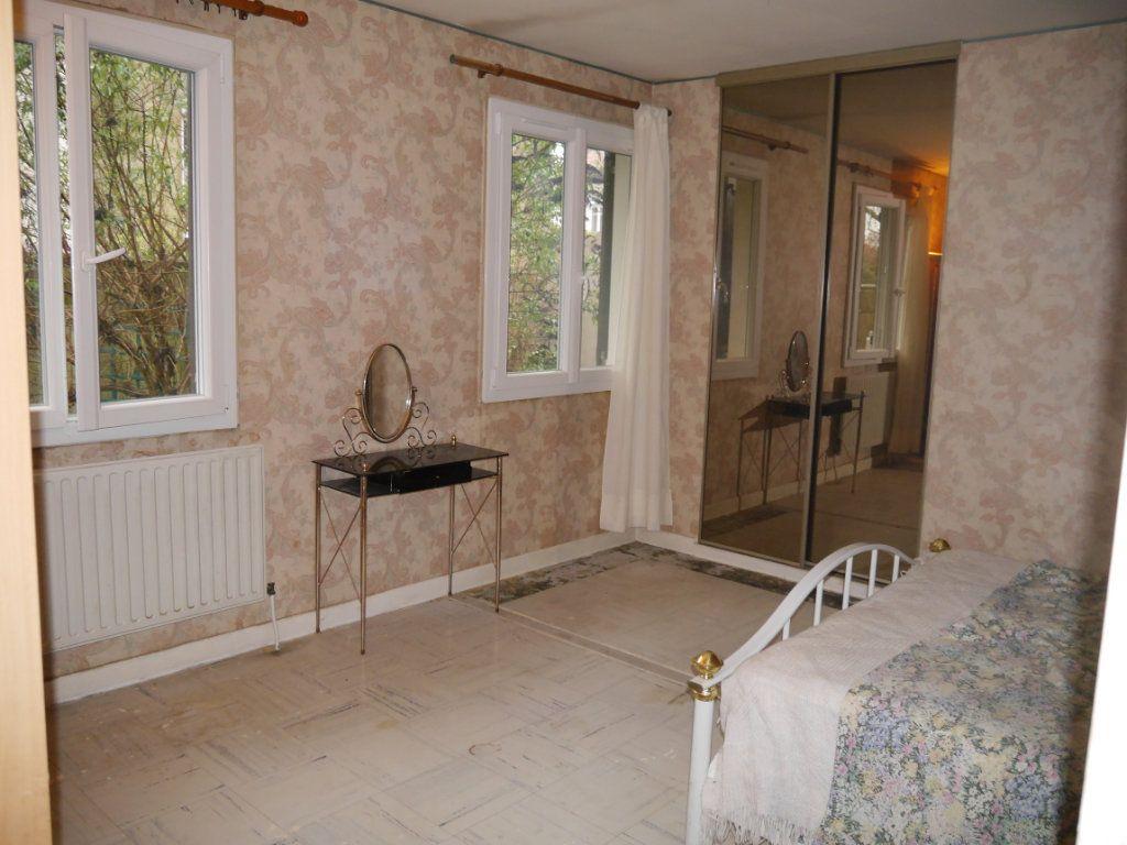 Maison à vendre 5 138m2 à Thorigny-sur-Marne vignette-5