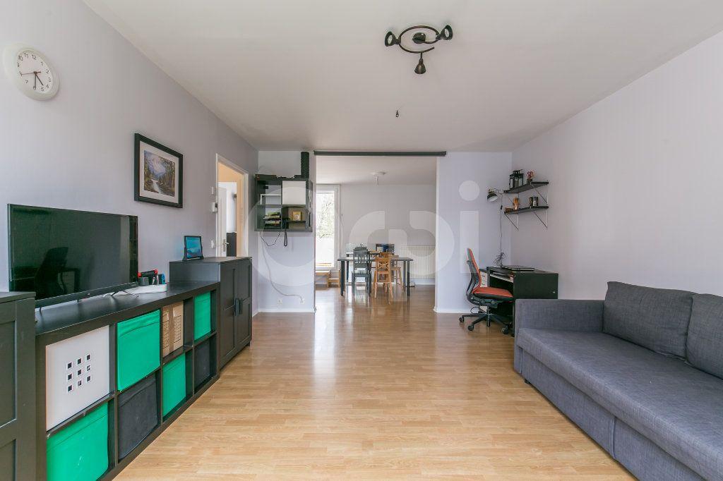 Appartement à vendre 5 101.38m2 à Noisiel vignette-4