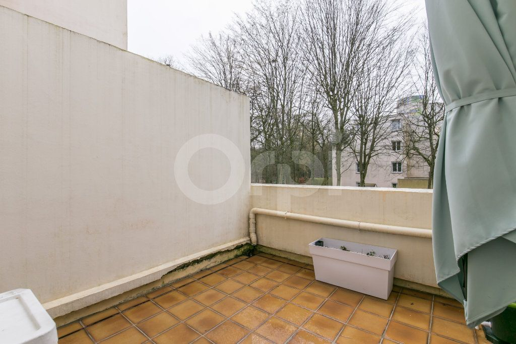 Appartement à vendre 5 101.38m2 à Noisiel vignette-7