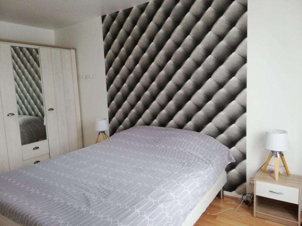 Maison à louer 5 102.3m2 à Bailly-Romainvilliers vignette-8
