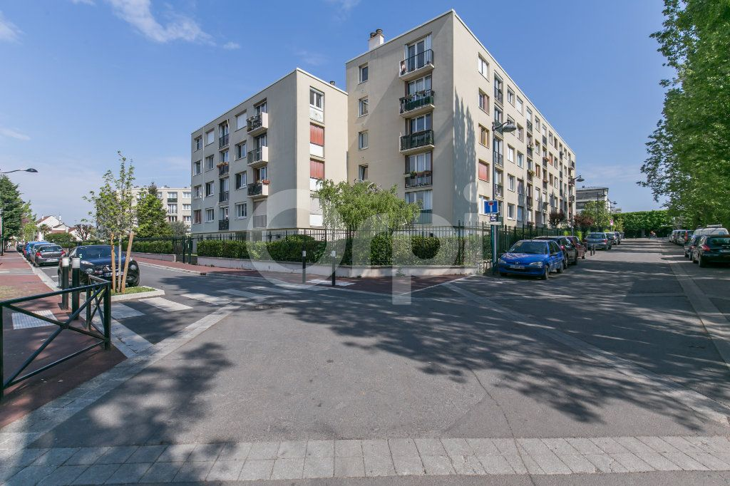 Appartement à vendre 3 54.72m2 à Joinville-le-Pont vignette-9
