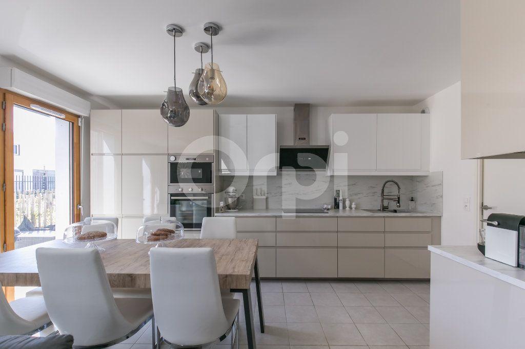 Maison à vendre 3 71.3m2 à Bussy-Saint-Georges vignette-5