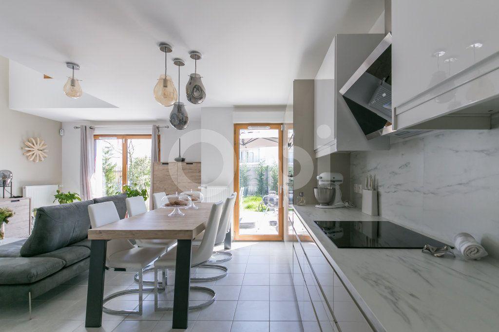 Maison à vendre 3 71.3m2 à Bussy-Saint-Georges vignette-7