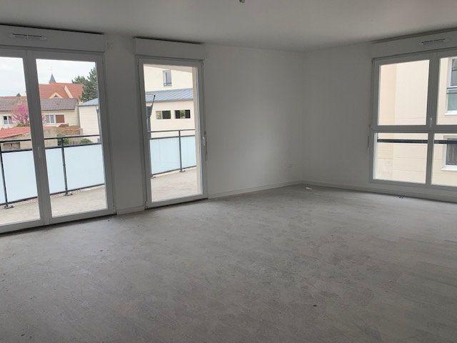 Appartement à vendre 3 64.97m2 à Saint-Thibault-des-Vignes vignette-2