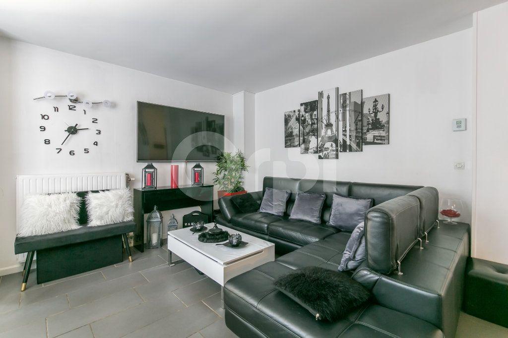 Appartement à vendre 4 84.32m2 à Noisiel vignette-7
