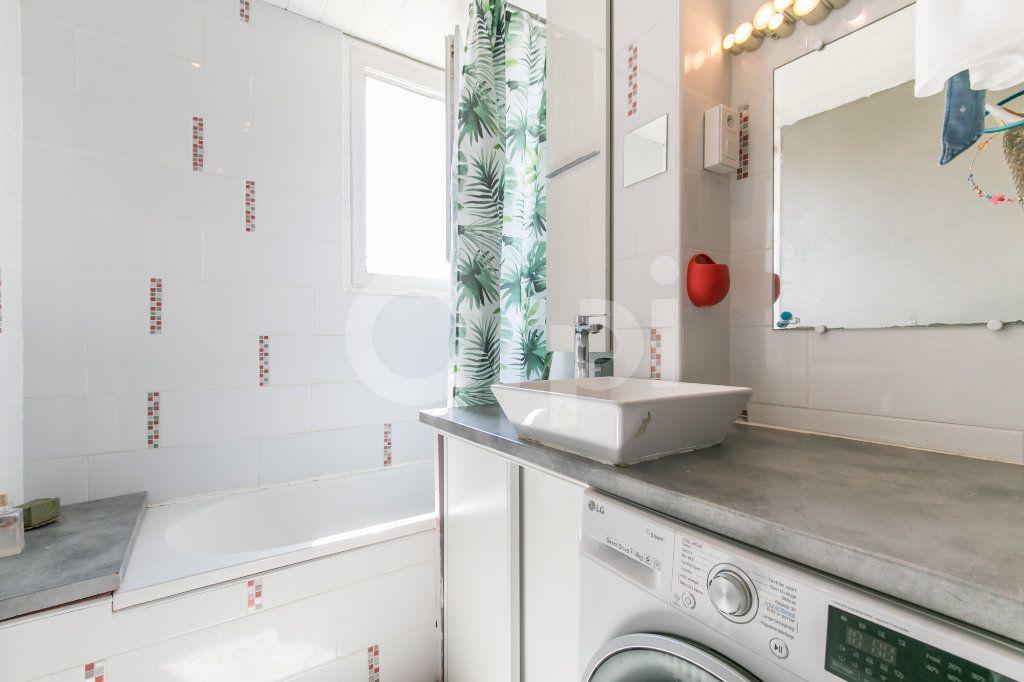 Appartement à vendre 4 74m2 à Lagny-sur-Marne vignette-11