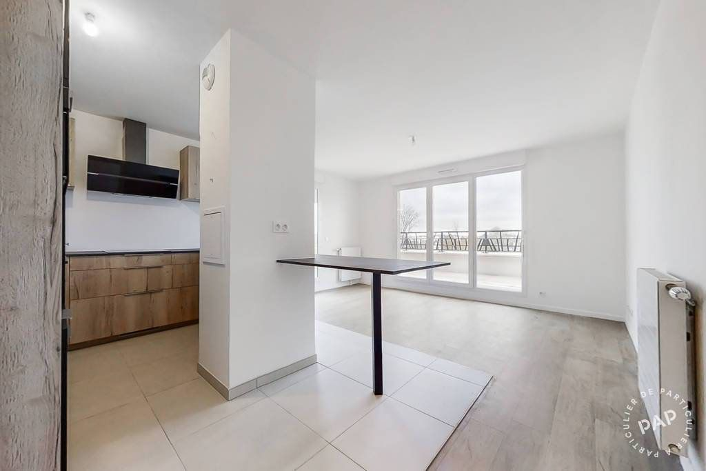 Appartement à louer 4 92.66m2 à Pontault-Combault vignette-3