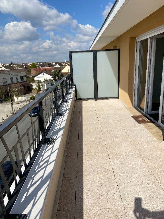 Appartement à louer 4 92.66m2 à Pontault-Combault vignette-8