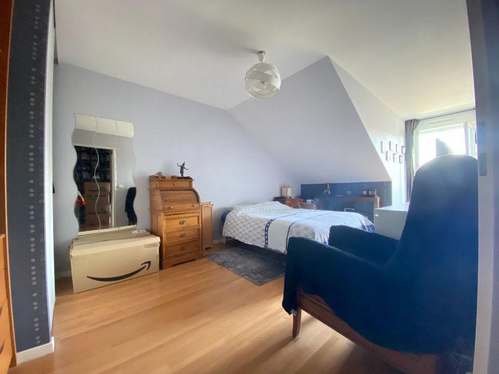 Appartement à louer 3 69.5m2 à Émerainville vignette-4