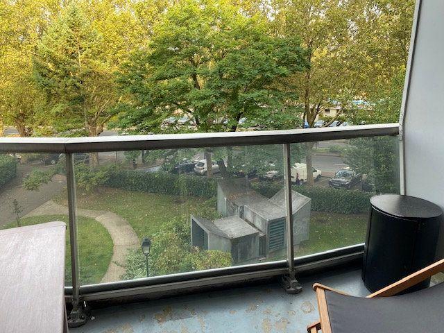 Appartement à louer 1 17m2 à Paris 12 vignette-11