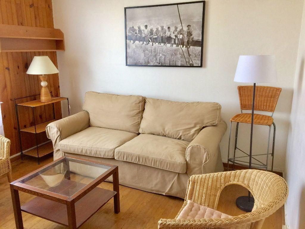 Appartement à louer 2 43.92m2 à Champigny-sur-Marne vignette-2