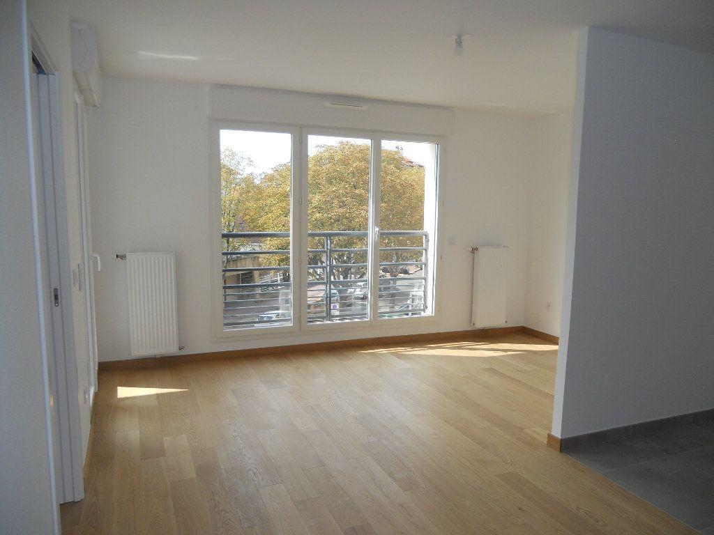 Appartement à louer 2 46.27m2 à Saint-Maur-des-Fossés vignette-3