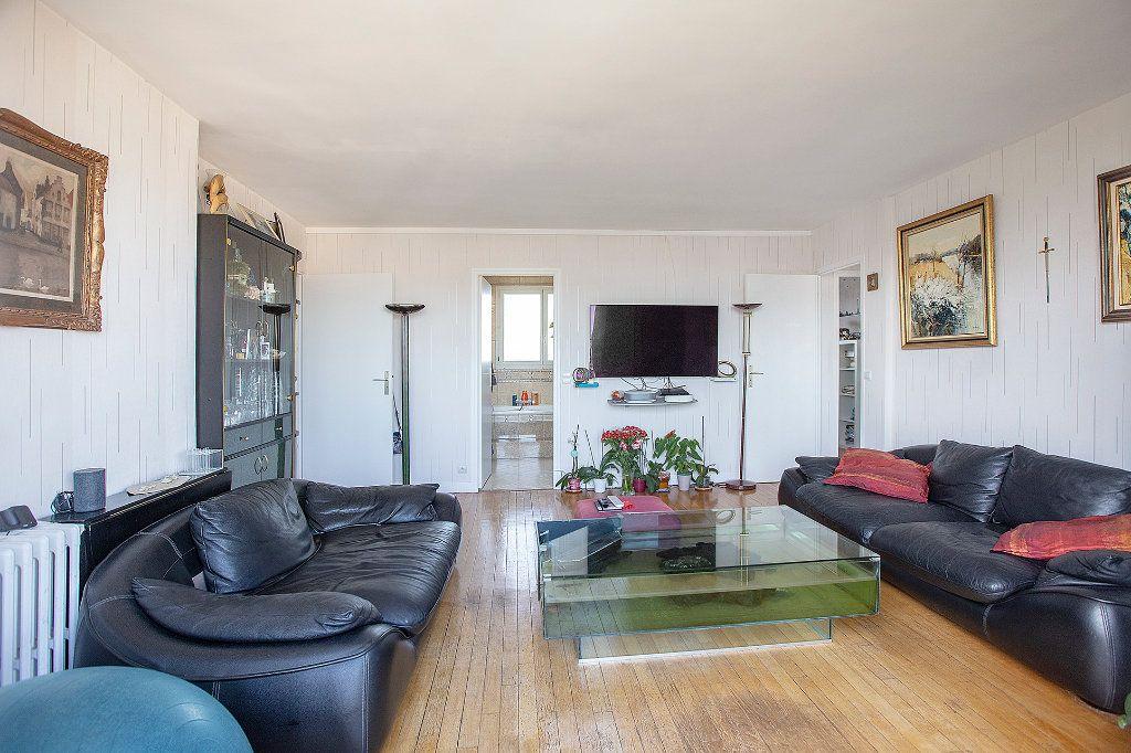 Appartement à vendre 5 85.37m2 à Paris 14 vignette-3