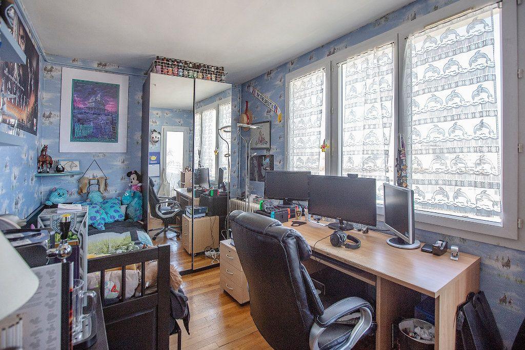 Appartement à vendre 5 85.37m2 à Paris 14 vignette-7
