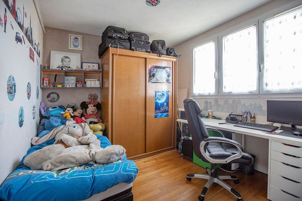 Appartement à vendre 5 85.37m2 à Paris 14 vignette-8