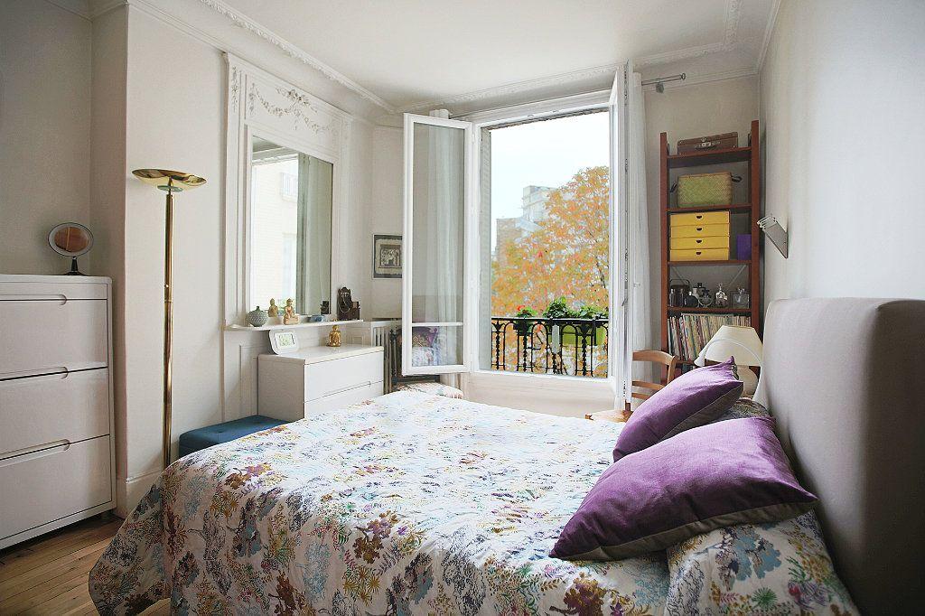 Appartement à vendre 3 67.68m2 à Paris 13 vignette-8