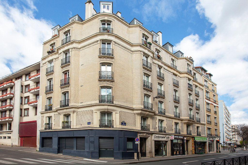 Appartement à vendre 3 60.12m2 à Paris 13 vignette-1