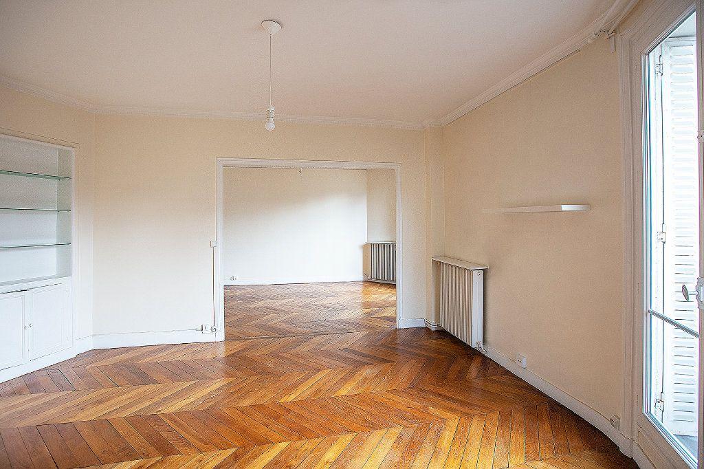 Appartement à vendre 3 60.12m2 à Paris 13 vignette-2