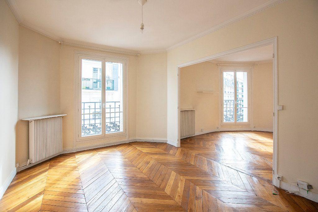 Appartement à vendre 3 60.12m2 à Paris 13 vignette-5
