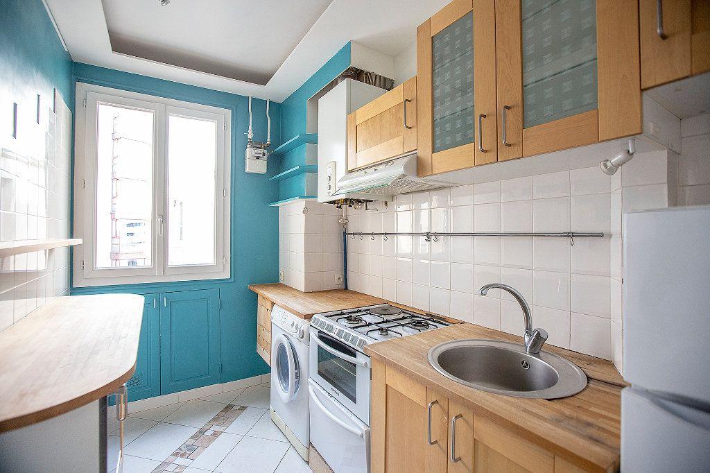 Appartement à vendre 3 60.12m2 à Paris 13 vignette-8