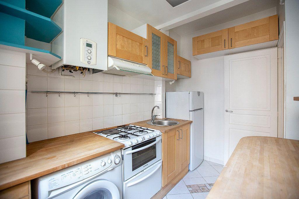 Appartement à vendre 3 60.12m2 à Paris 13 vignette-9