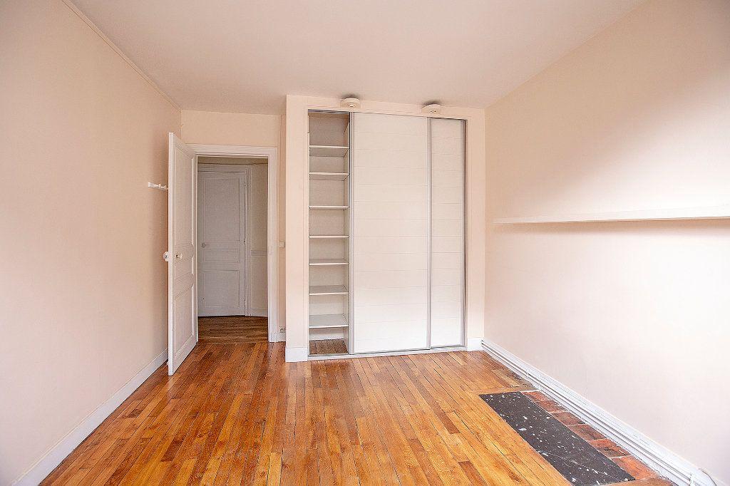 Appartement à vendre 3 60.12m2 à Paris 13 vignette-11