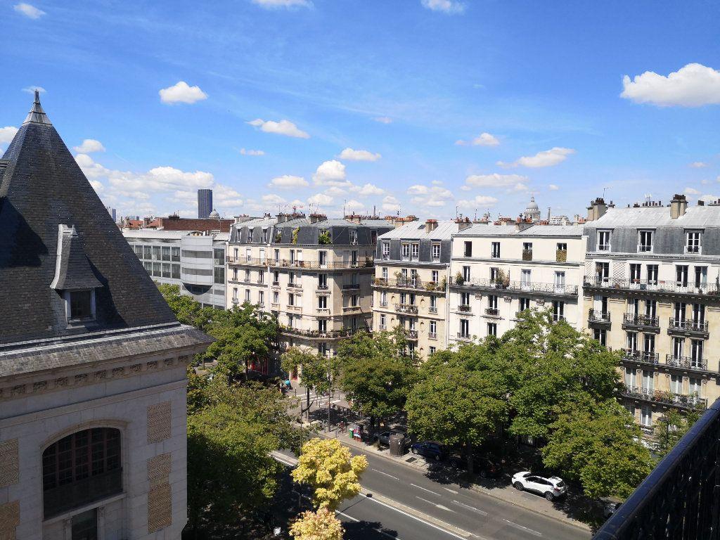 Appartement à louer 3 74.84m2 à Paris 13 vignette-2